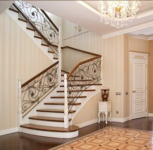 лестница-в-классической-гостиной