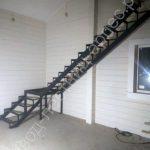 Г образная лестница металлокаркас